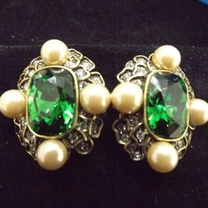 Heidi Daus Emerald Pearl Clip On Earrings New